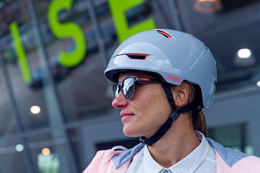 Abus scraper 10 stylische fietshelmen